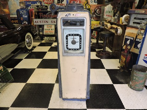Original Avery Hardoll 598 gas-petrol pump
