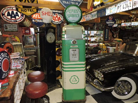 1940s National A38 gas petrol pump