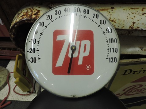 Original 7up thermometer sign