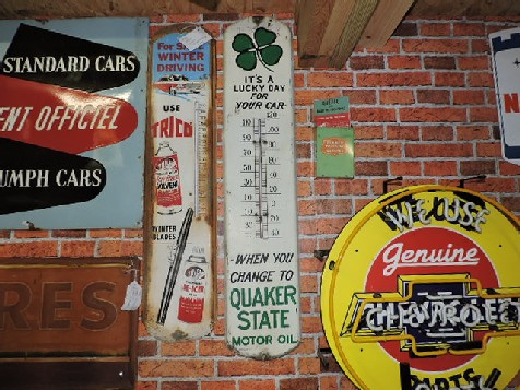 Original Quaker state oil thermometer sign