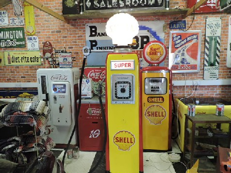 Restored Avery Hardoll gas-petrol pump