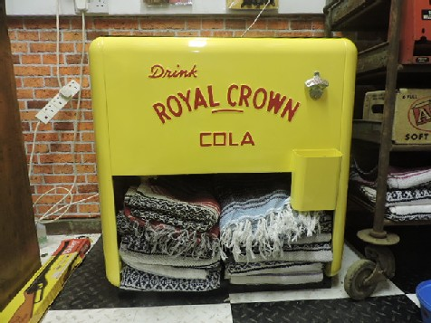 Rare Drink Royal Crown Westinghouse Standard Ice Chest