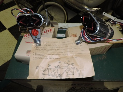 Original NOS circa 1950s Kingle Lite bicycle rear indicators and reflector
