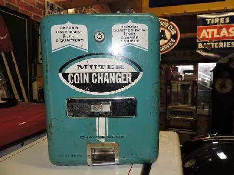Vintage Muter coin change machine