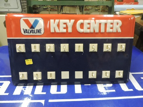 Valvoline embossed key centre rack