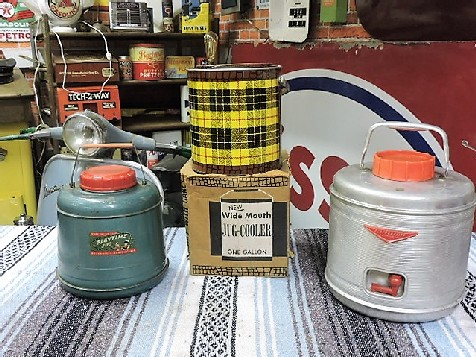 1950s/1960s original hot and cold drink jugs/picnic thermos