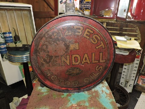 Early Kendall motor oil can