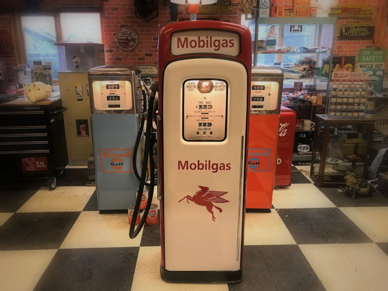 Original 1952 restored Martin and Schwartz Inc gas/petrol pump from The Wayne Pump Co