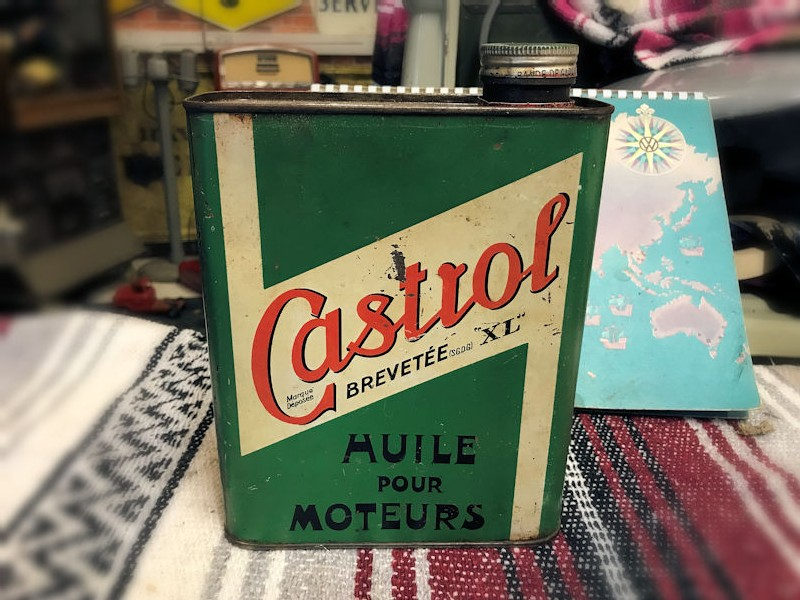 Vintage Castrol tin can and pourers