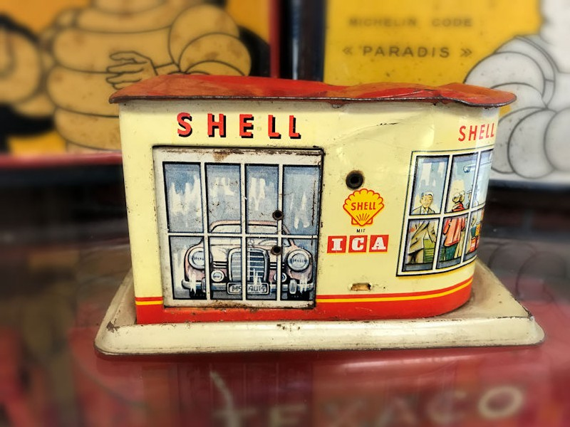 Shell tin plate toy garage money box