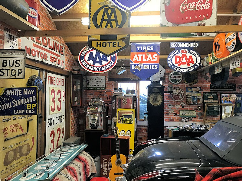 The Old Collectors Garage Showroom