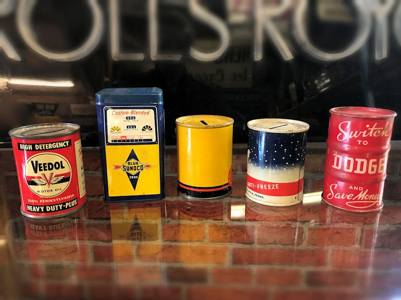 Vintage Veedol, Sunoco, Pennzoil, Thermo and Dodge metal money tins