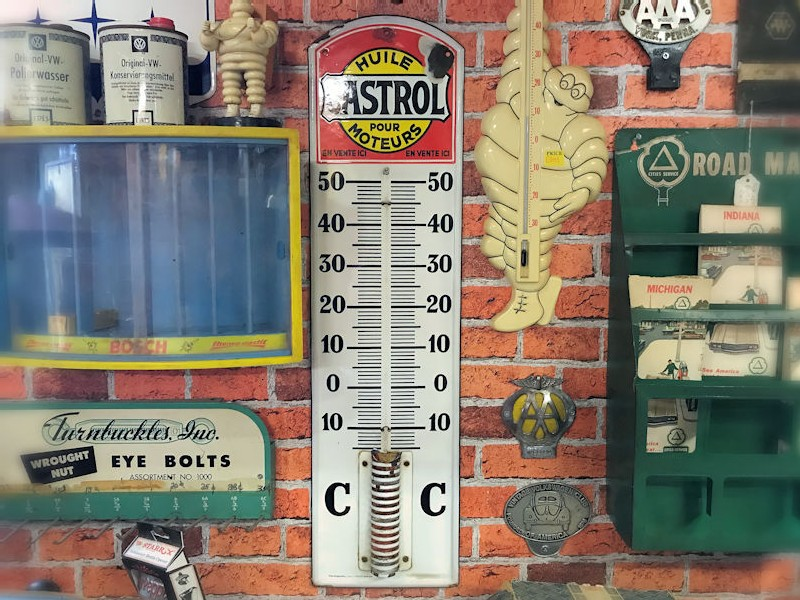 Enamel Castrol thermometer
