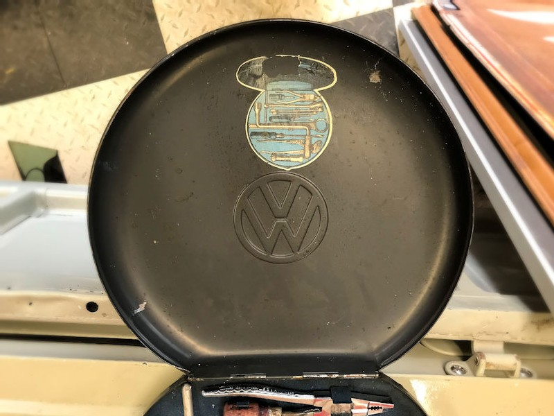 Original VW spare wheel tool kit