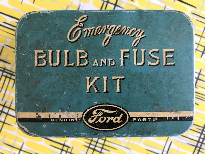 Original tin Ford bulb and fuse kit with bulbs and fuses