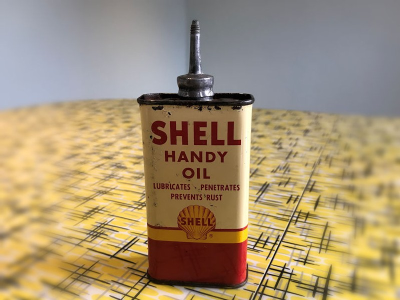 Shell Handy Oil tin can