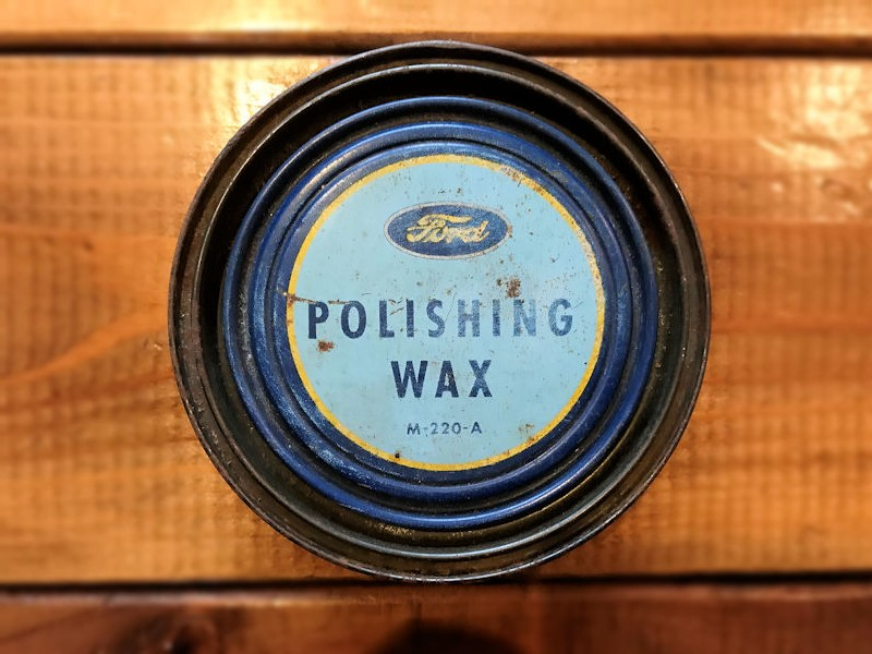 Original Ford polishing wax tin