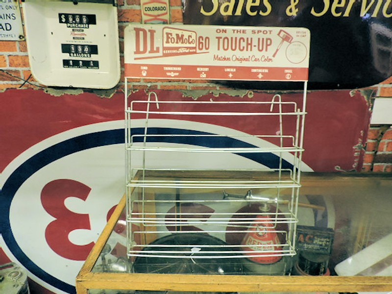 Exceptionally rare 1950s/1960s FoMoCo Ford touch up paint display rack