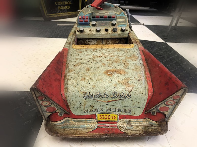 Original Electric Marx Mobile sit on pedal car