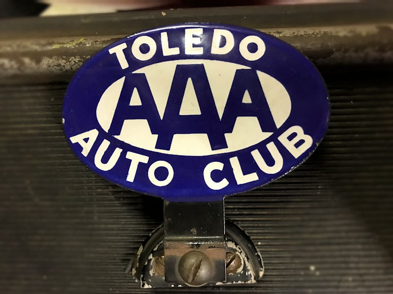 Antique License Plate Toppers for sale   Only 4 left at -65%
