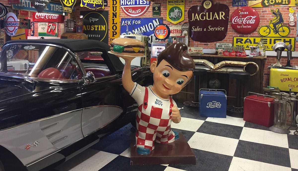 Vintage advertising, Americana memorabilia, vintage American gas ...